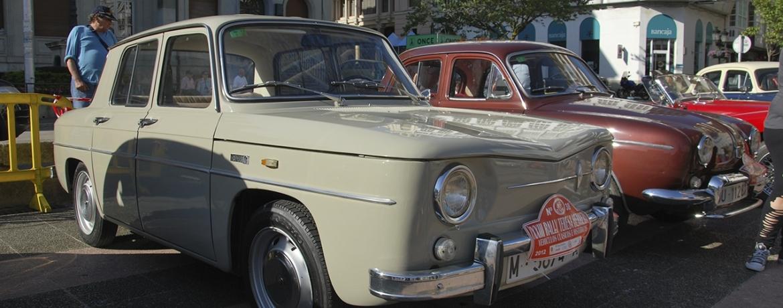 Renault 8, Foto: Manu Ávila. Rally Teresa Herrera 2012. Plaza de Armas. Ferrol