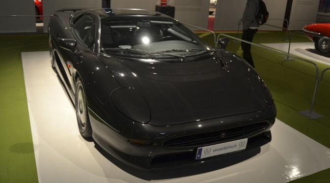 """<span class=""""entry-title-primary"""">Jaguar XJ220, 1992-1994</span> <span class=""""entry-subtitle"""">Coupé 2 puertas obra de Keith Helfet</span>"""