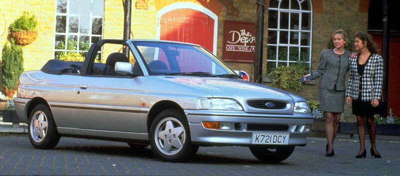 Ford Escort Mk5 Descapotable tras el Restyling de 1992. Foto: Ford