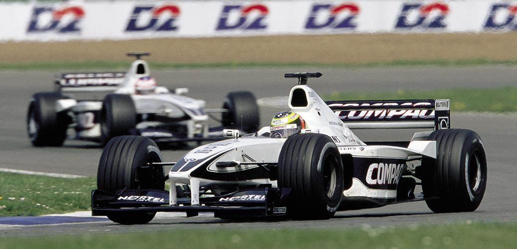 Ralf Schumacher y Jenson Button con el Williams-BMW FW22 en el Gran Premio de Gran Bretaña, Foto: BMW AG