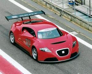 Seat Cupra GT en pista. Foto de SEAT