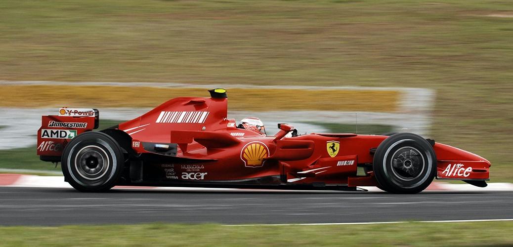 Ferrari F2007, durante el Gran Premio de Brasil. Foto: Ferrari