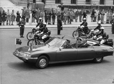Viaje inaugural, Citroën SM Presidentielle, 1970. Citroën Communication. Jean Peyrinet.