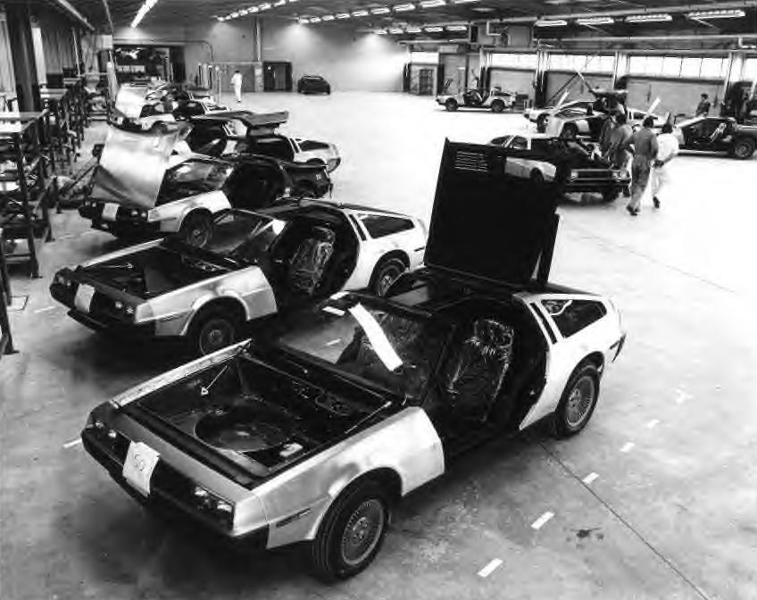 DeLorean en cadena de montaje (1)