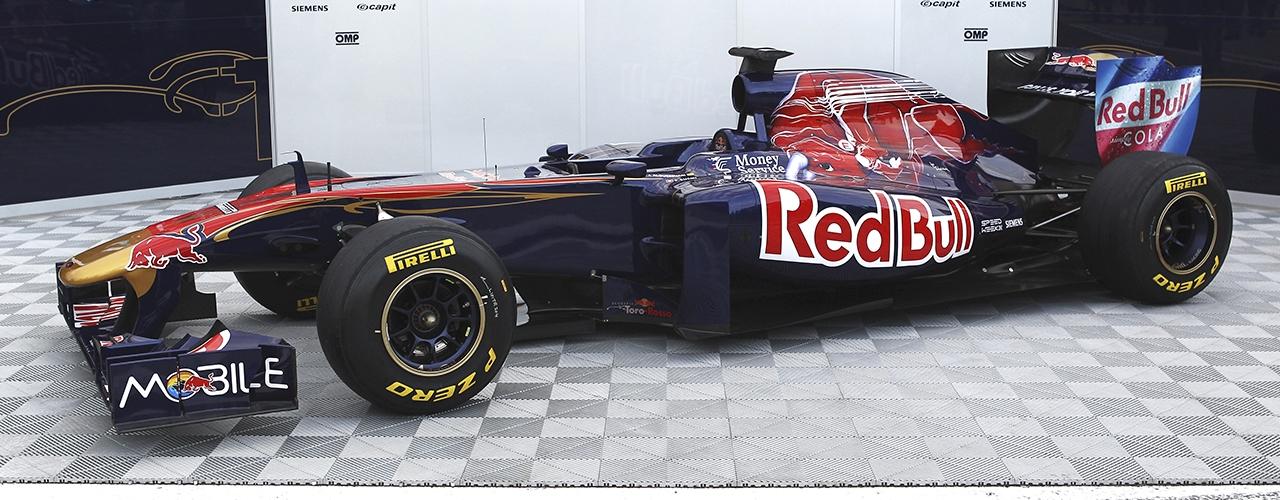 Presentación Toro Rosso STR6 en Valencia, Foto: Red Bull