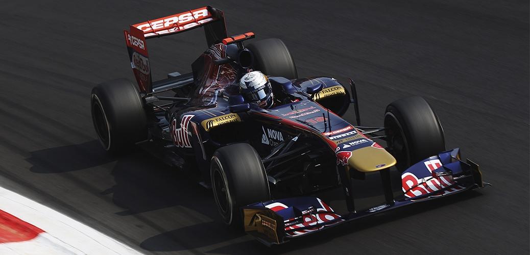 Toro Rosso-Ferrari STR6, Sébastian Buemi en los entrenamientos del Gran Premio de Italia. Foto: Red Bull