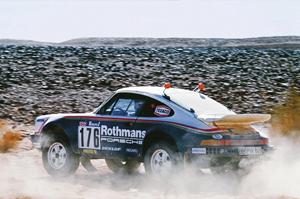 911 París Dakar. Foto: Porsche AG
