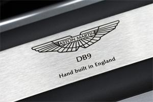 Placa Made in England, Aston Martin DB9, Foto: Aston Martin