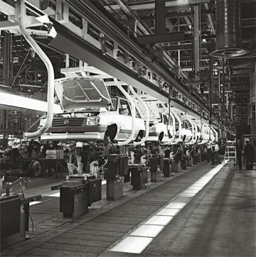 Línea de montaje de la factoría de Opel en Zaragoza. Foto: Opel Automobile GmbH