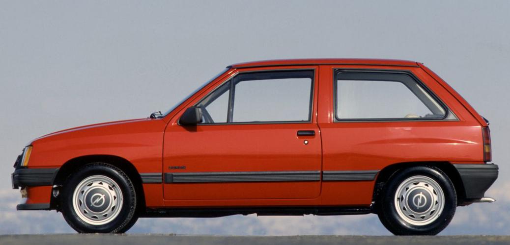 Vista lateral Opel Corsa, Foto: Opel