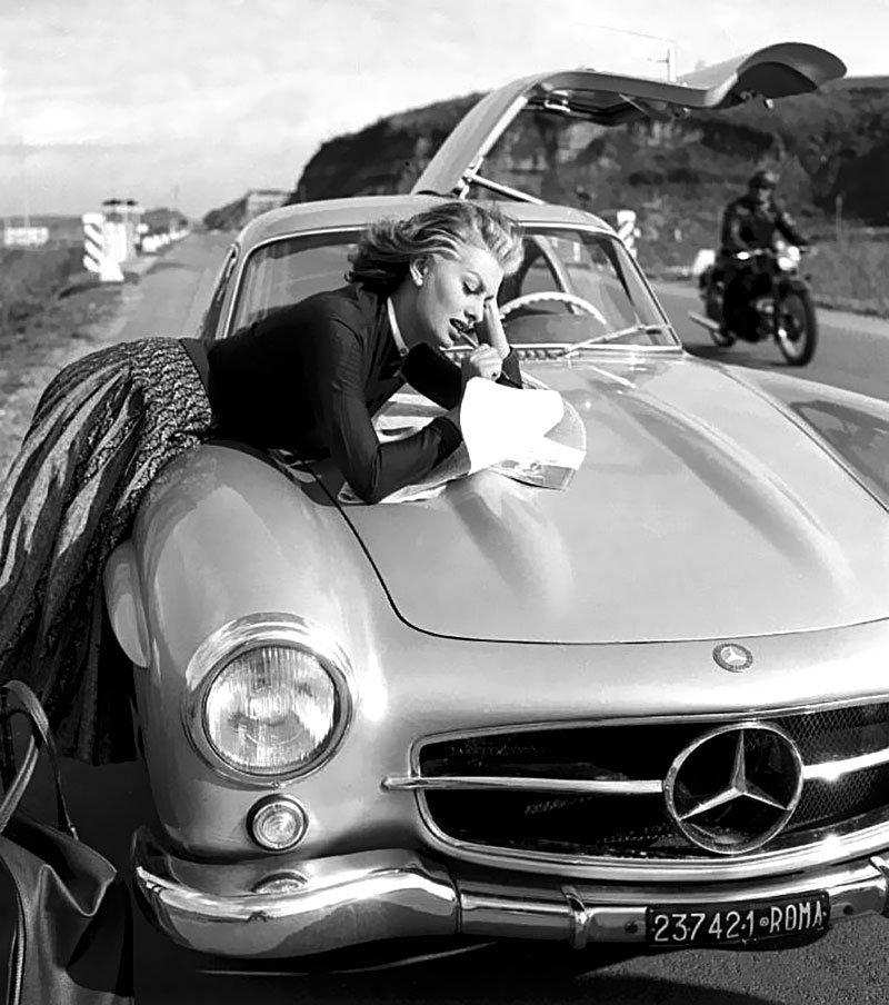 famosos de antes con coches de antes