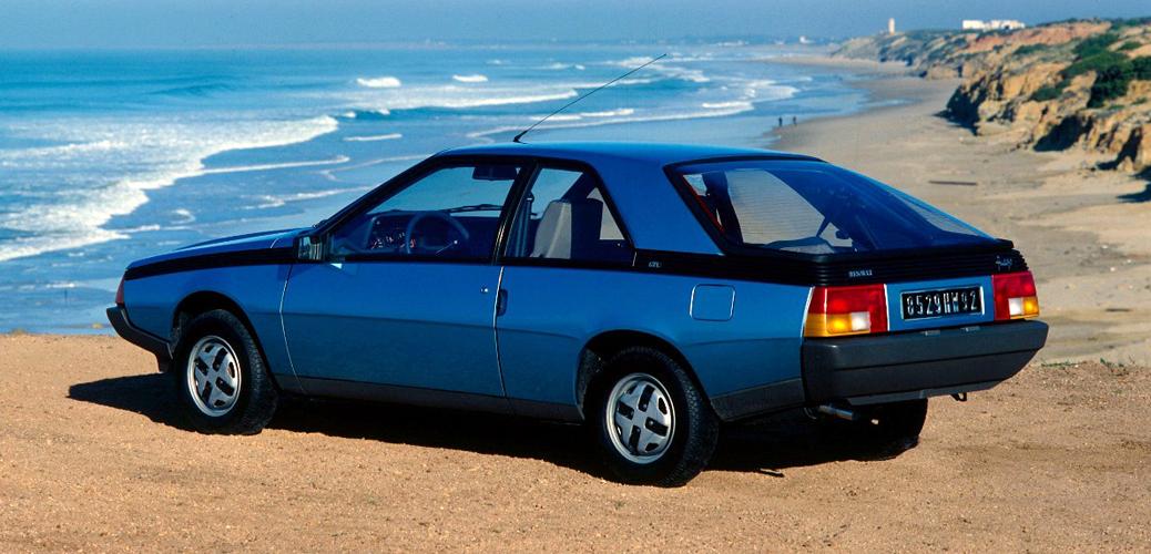 Vista trasera del Renault Fuego GTL, 1980, Foto: Renault