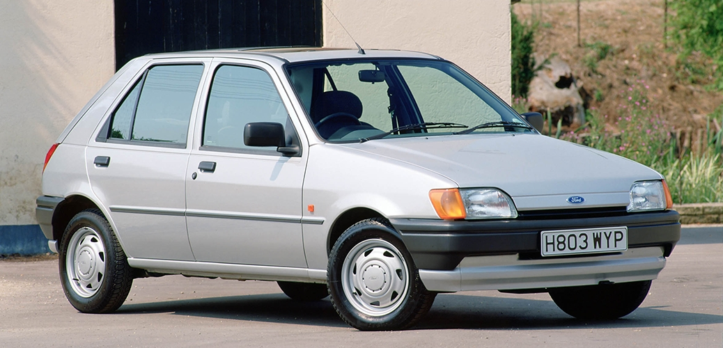 2990 _ Pop Plus británico - Foto: Ford