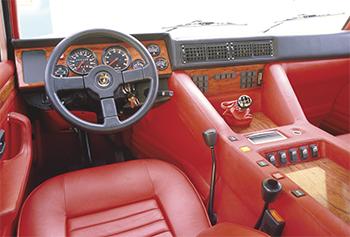 Interior del Lamborghini LM002, Foto: Automobili Lamborghini S.p.A.